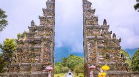 ทัวร์อินโดนีเซีย บาหลี 3 วัน 2 คืน วิหารทานาล็อท เทือกเขาเบดูกัลป์ บิน SL