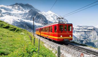 ทัวร์ยุโรป เยอรมัน สวิส 8 วัน 5 คืน ปราสาทนอยชวานสไตน์ นั่งรถไฟชมวิวพิชิตยอดเขาจุงเฟรา บิน QR