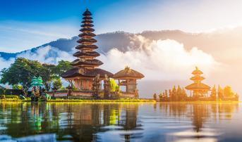 ทัวร์อินโดนีเซีย บาหลี 4 วัน 2 คืน วิหารเบซากีห์ ประตูสวรรค์ฮันดาราเกท วัดอุลันดานู บิน FD