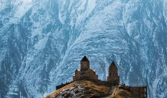 ทัวร์จอร์เจีย อาร์เมเนีย 8 วัน 6 คืน หุบเขาเอวาน อนุสรณ์มิตรภาพรัสเซีย-จอร์เจีย โบสถ์เกอร์เกตี้ บิน XJ