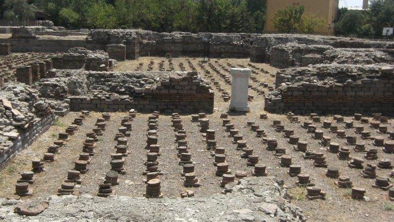ห้องอาบน้ำแบบโรมันโบราณ (Roman Bath)