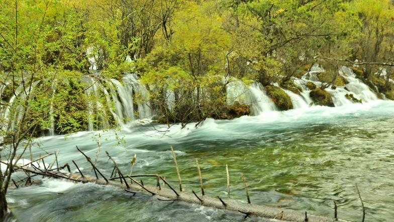 ทะเลสาบซูเจิง